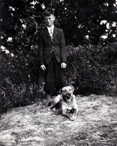 Johannes Boomsma met de hond Max