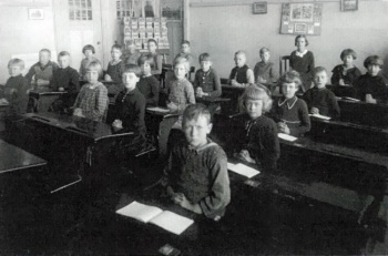 Openbare Lagere School rond 1938