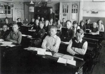 Openbare Lagere School rond 1935