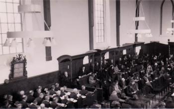 Kerkdienst vóór 1947