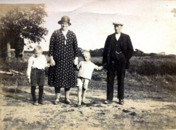 Echtpaar Tilstra-Westra en kinderen