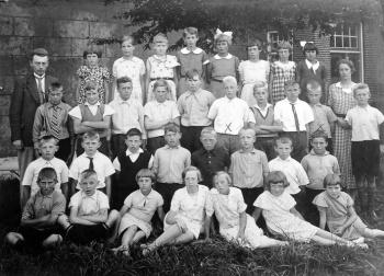 Openbare Lager School omstreeks 1935