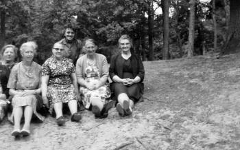 Groep dames (Hervormde vrouwenvereniging)