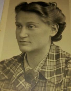 Annie Glazer