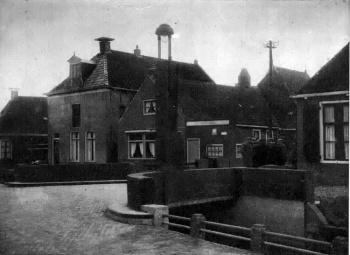 Brug Tilledyk hoek Meinardswei-Ferniawei 1937