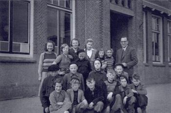 Schoolfoto OLS 1948 of 1949