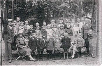 Schoolfoto OLS rond 1930