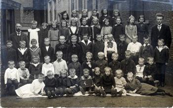 Schoolfoto OLS rond 1938
