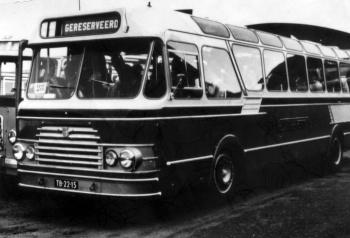 LABO bus TB-22-15