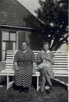 Heintje Hoekstra-Haagsma en dochter Klaaske